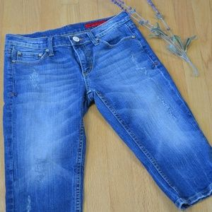 Vigoss Perfectly Distressed Cropped Denim Jeans